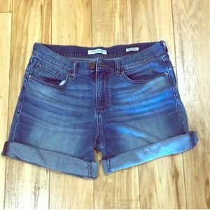 BANANA REPUBLIC Roll up Cuff Boyfriend Jean Shorts